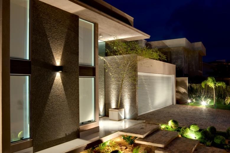 Modelos de casas fachadas modernas na internet for Fachadas de casas chicas modernas