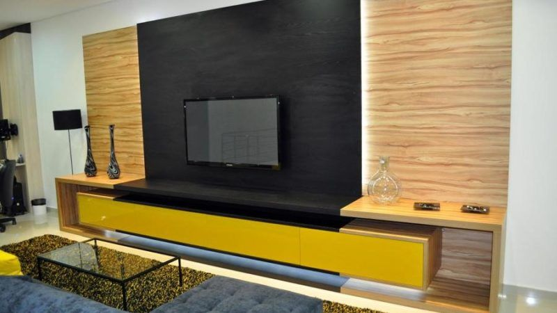 Móveis planejados para sala de TV com bom gosto confira as decorações