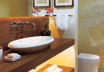 bancada de banheiro em madeira