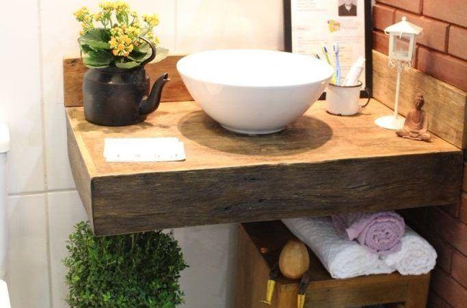 Bancada de banheiro em madeira confira os modelos