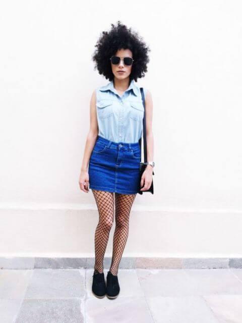 774133a7bf Mas aquele seu modelo de saia com efeito destroyed é bastante versátil e pode  combinar com camisa xadrez e casaquinho