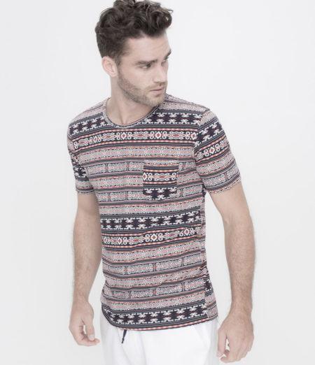 camisetas-masculinas-estampadas-com-bolso