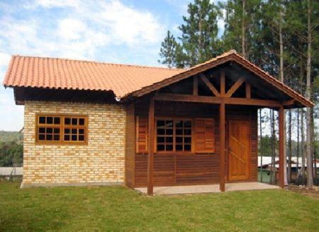 casa-de-tijolinhos-e-madeira