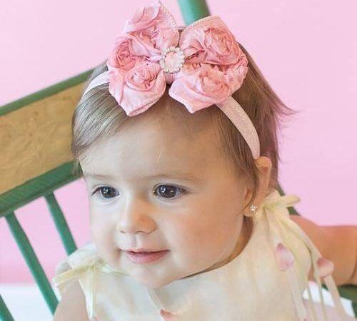 Tiaras para bebê e faixas para arranjar o cabelinho