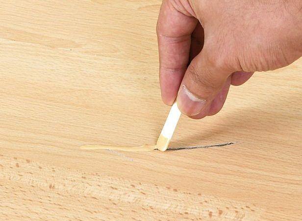 Como tapar furos em MADEIRA, (portas, mesas)